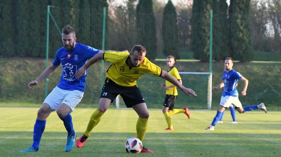 Pogoń Lwówek awansowała do czwartej ligi