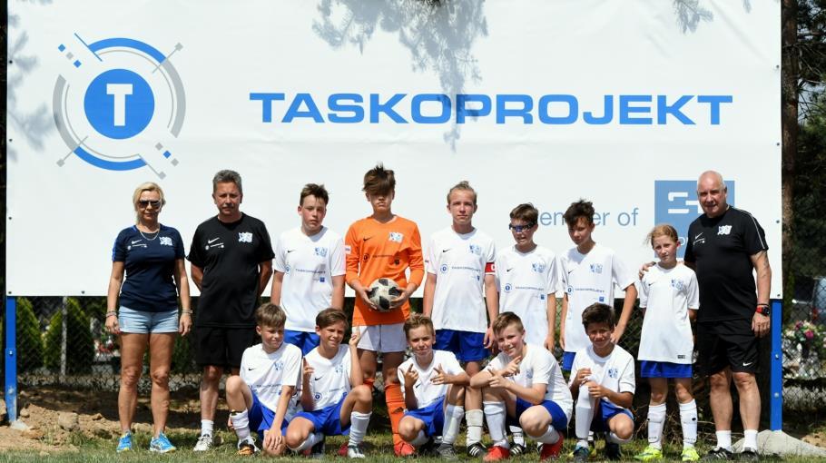 Zdjęcie grupowe drużyny KKS Wiara Lecha U-14