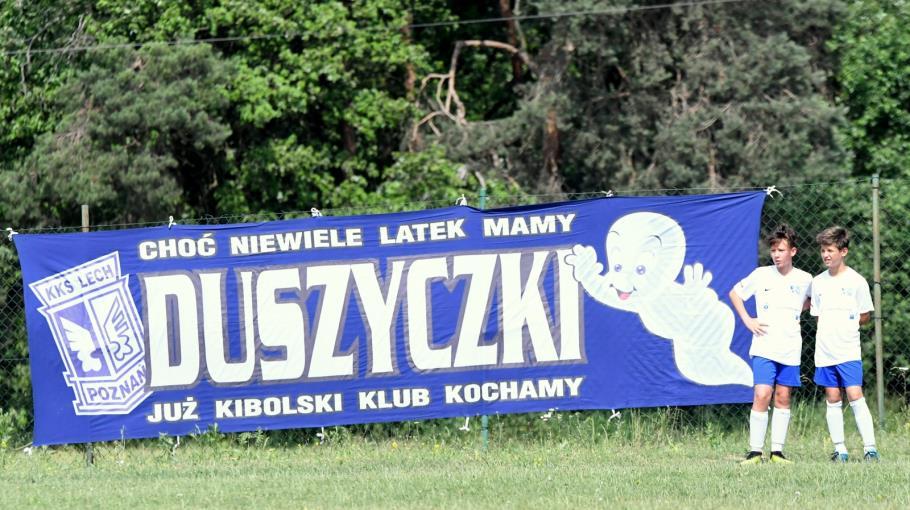 Głosujcie na modernizację boiska w Robakowie