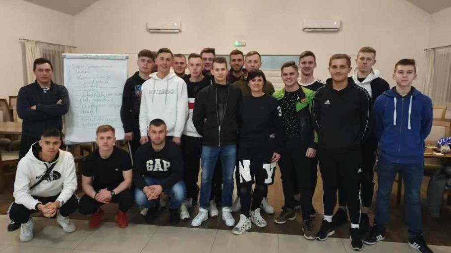 Trening mentalny piłkarzy Klimontowianki