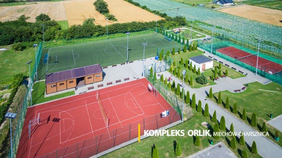 Obóz sportowy w Charsznicy