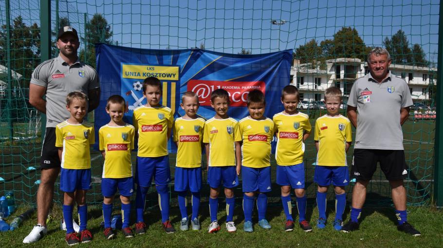 Zdjęcie grupowe drużyny 2013 grupa żółta