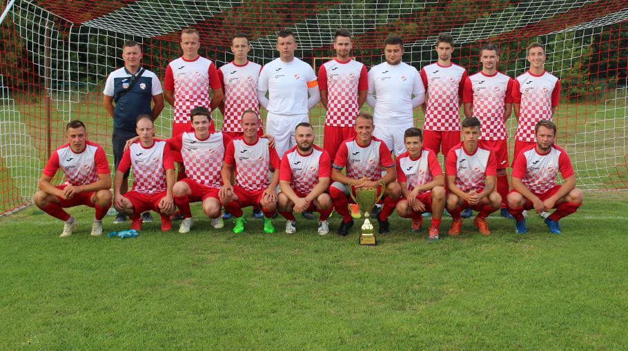 Zdjęcie grupowe drużyny Bucovia Bukowa