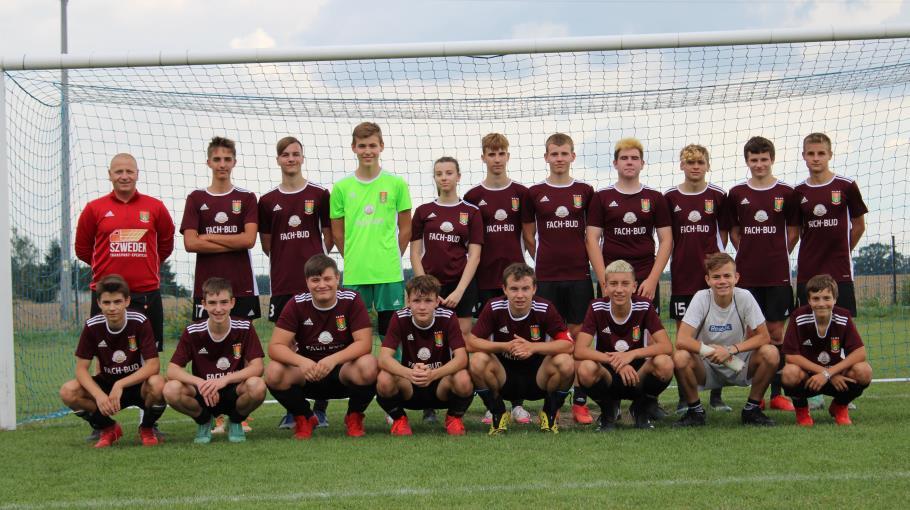 Zdjęcie grupowe drużyny Junior Młodszy